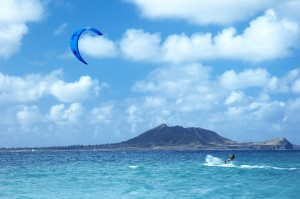 Kiteboarding in Hawaii. Nice!